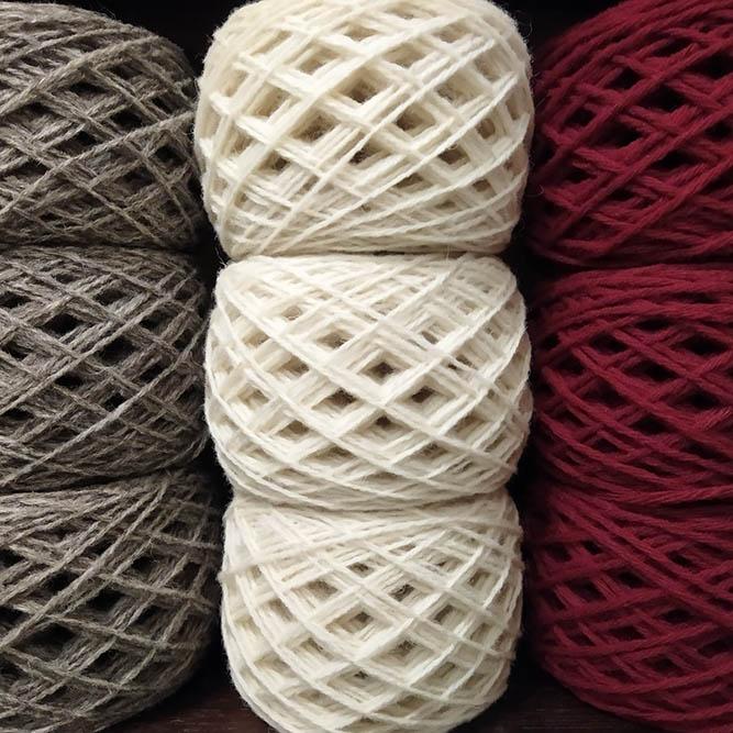 pelote laine naturelle bergerie du Menez-Hom finistere bretagne